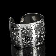 Серебряный кубачинский браслет белый №89