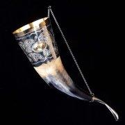 Кавказский рог бычий (отделка - мельхиор и латунные медальоны) арт.2848