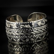 Серебряный кубачинский браслет с чернением арт.498