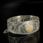 Кубачинский серебряный браслет с филигранью (вставка из слоновой кости) арт.6336