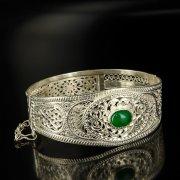 Кубачинский серебряный браслет с филигранью (камень - малахит) арт.6339