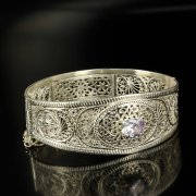 Кубачинский серебряный браслет с филигранью (камень - кварц) арт.6342