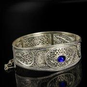 Кубачинский серебряный браслет с филигранью (камень - агат) арт.6349
