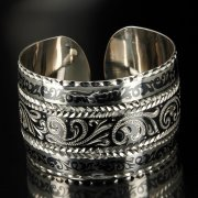 Серебряный кубачинский браслет широкий арт.6361