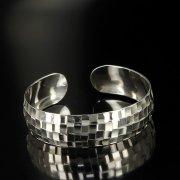 Серебряный кубачинский браслет белый арт.6379