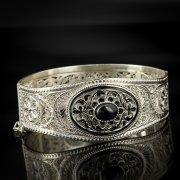 Кубачинский серебряный браслет с филигранью (камень - агат) арт.6880