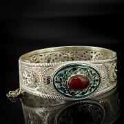 Кубачинский серебряный браслет с филигранью (камень - коралл) арт.6886