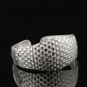 Серебряный кубачинский браслет с гравировкой арт.7804
