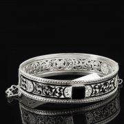 Кубачинский серебряный браслет с филигранью (камень - агат) арт.8114
