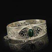 Кубачинский серебряный браслет с филигранью (камень - агат) арт.9481
