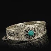 Кубачинский серебряный браслет с филигранью (камень - бирюза) арт.9485