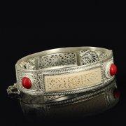 Кубачинский серебряный браслет с филигранью (слоновая кость, камень - яшма) арт.9487