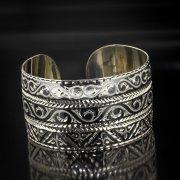 Серебряный кубачинский браслет с алмазной гранью арт.5362