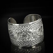 Серебряный кубачинский браслет белый арт.5782