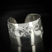 Серебряный кубачинский браслет белый арт.5788