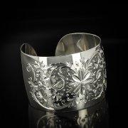 Серебряный кубачинский браслет белый арт.5793