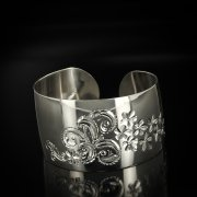 Серебряный кубачинский браслет с гравировкой арт.5800