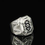 Кубачинское серебряное кольцо-печатка с чернением ручной работы арт.8613