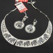 Кубачинский серебряный комплект ручной работы с чернением (серьги, колье) арт. 7897