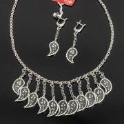 Кубачинский серебряный комплект ручной работы с чернением (серьги, колье) арт. 7898