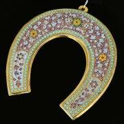 Кубачинская серебряная подкова с эмалью ручной работы большая (футляр в подарок) арт.6593
