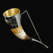 Кавказский рог бычий с медальонами (отделка - мельхиор, латунь) арт.7404