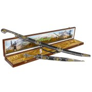 Кубачинский подарочный набор в футляре (шашка и кинжал с серебряными вставками) арт.6827