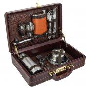 Кизлярский туристический набор в кожаном кейсе арт.5949