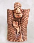 """Подарочная статуэтка ручной работы """"Абрек в бурке"""" обожженная глина"""