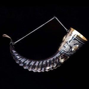 Элитный рог кавказского тура c латунными медальонами арт.2858 - фото 1