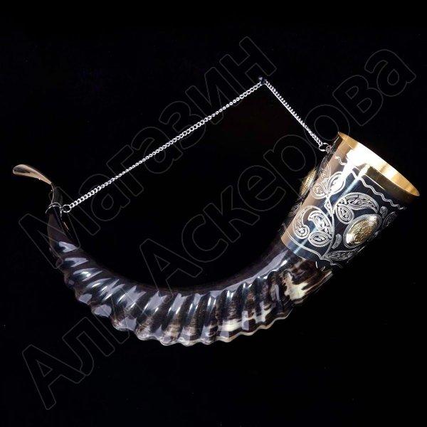 Элитный рог кавказского тура c латунными медальонами арт.2858