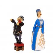"""Подарочная статуэтка ручной работы """"Пара с табуретом"""" (обожженная глина) арт.3713"""