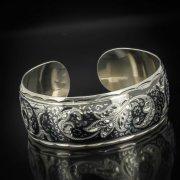 Серебряный кубачинский браслет с чернением арт.548