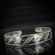 Серебряный кубачинский браслет с черенением арт.584